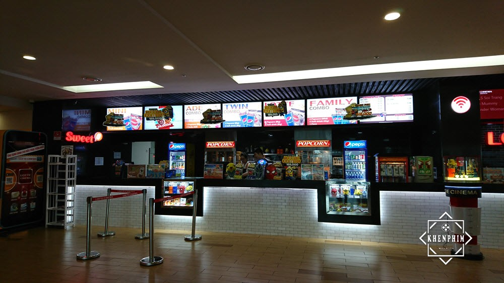 Quầy bán đồ ăn Lotte Cinema Now Zone.
