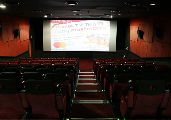 Lotte Cinema Now Zone phòng chiếu