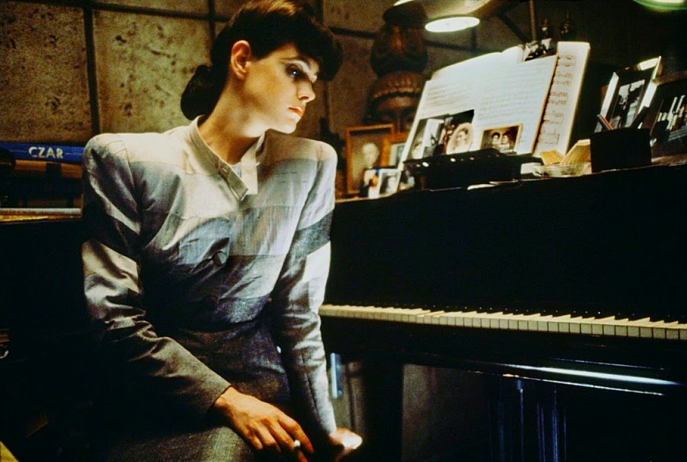 Nhân vật Rachael (Sean Young) vào vai trong Blade Runner (1982)