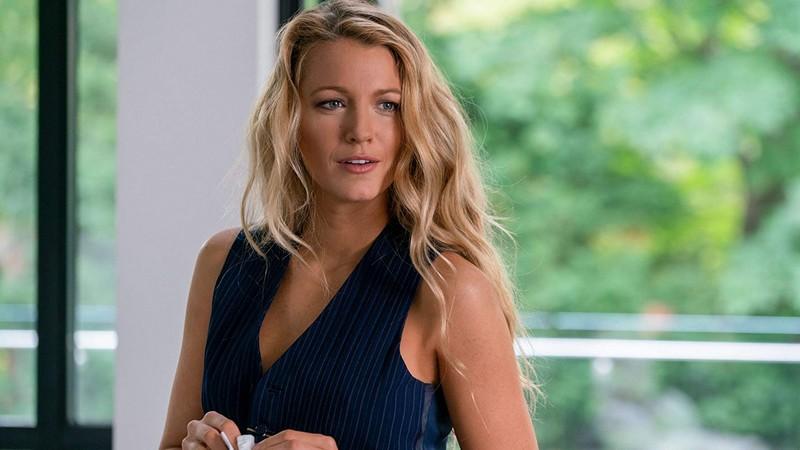 Nhân vật Emily - xinh đẹp, quyến rũ và lạnh lùng - A Simple Favor (Lời thỉnh cầu bí ẩn)